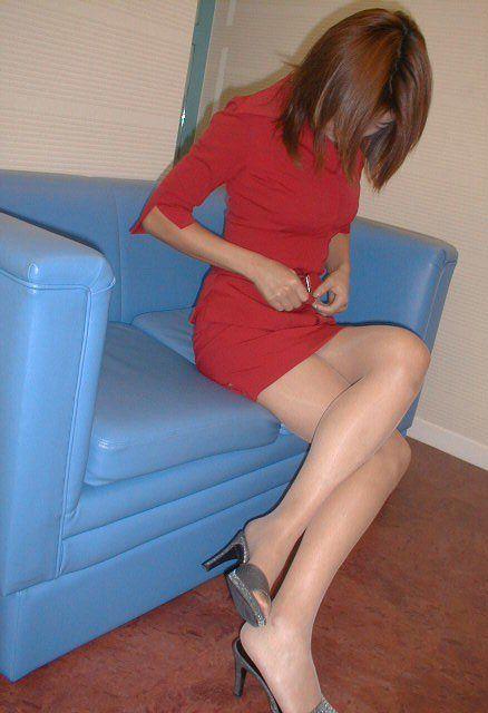 脚の綺麗な素人女