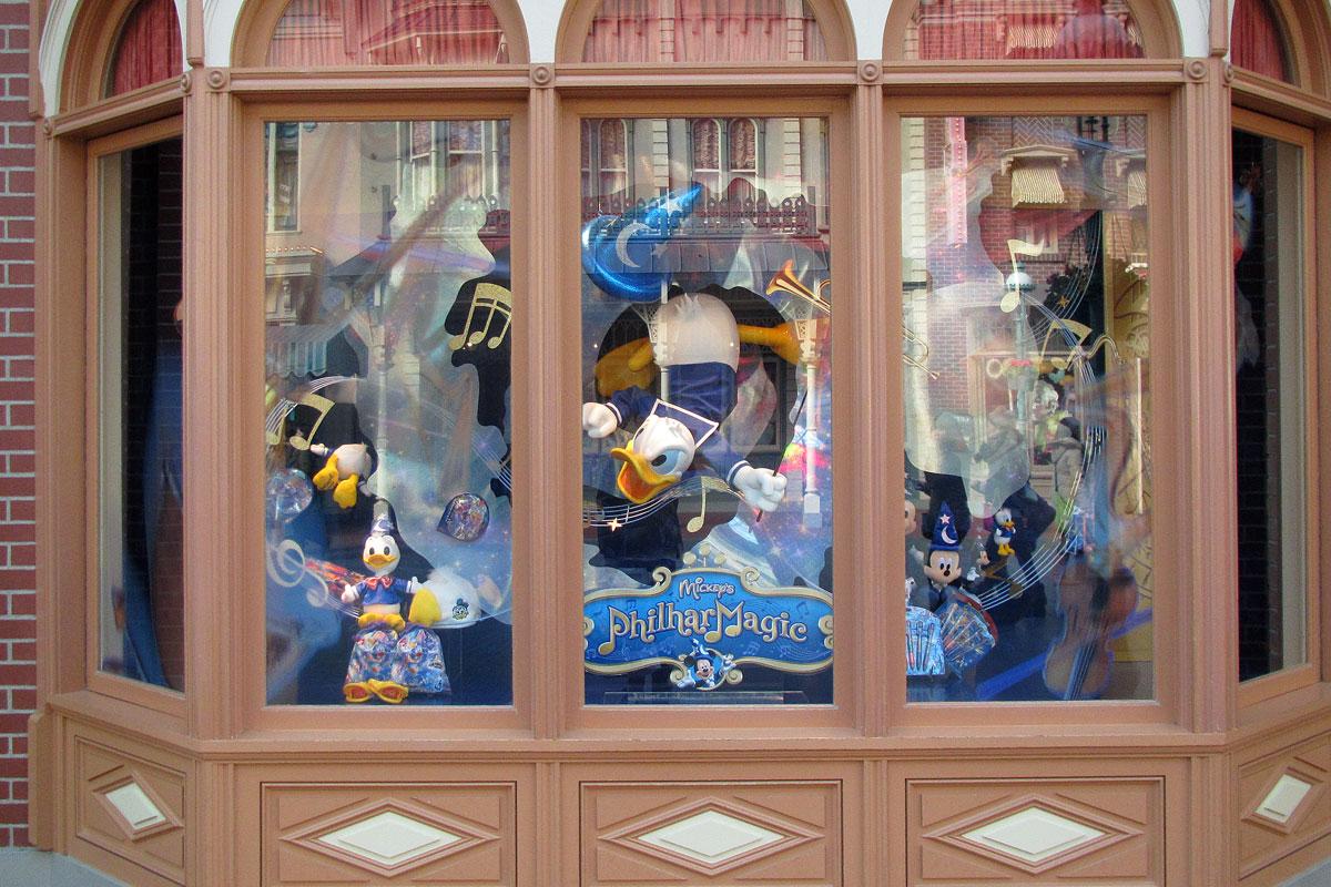 [Tokyo Disneyland] Mickey's PhilharMagic (24 janvier 2011) - Page 2 E326f15e