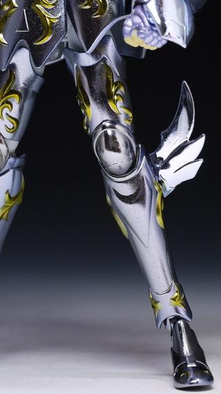 Remarques et avis sur la MC du Cygne God Cloth B35130ef-s
