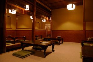 京都・ギオンのそば・うどんの老舗『権兵衛』で蕎麦を食す!
