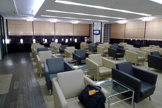 1泊2日、ソウル弾丸ツアー--金浦空港のJALラウンジ