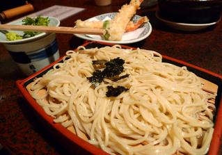 京都・ぎおんのそば・うどんの老舗『権兵衛』で蕎麦を食す!