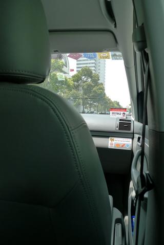 中国・上海で乗ったワーゲンの綺麗なニュータクシー