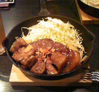 東京・恵比寿のもつ道(もつみち)で伝説のトンテキ定食ランチを食す!