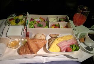 1泊4日、シンガポールの旅  - 日本航空のJAL035便