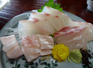 「魚吉(うおよし)」で海鮮料理を食す! @愛媛・双海