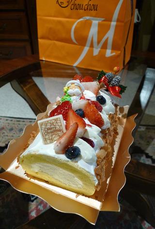 堂島ロールのクリスマス限定ロールケーキ