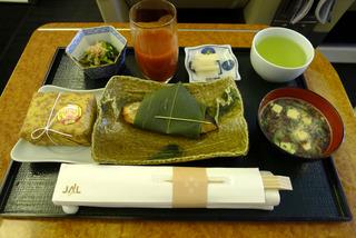 日本航空JALファーストクラスの機内食