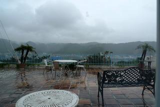 奄美大島の名瀬港を見渡せるホテルカリフォルニア @奄美大島