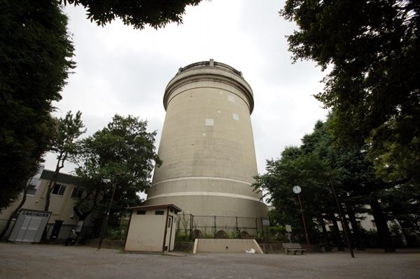 給水塔のダイナミックさを感じたい場合は、こちら