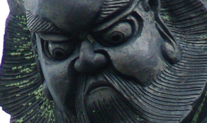 滋賀県では、他県にはない極めて技術の高い鍾馗さんを見ることができます。