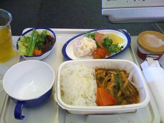 上海虹橋空港発羽田空港行きのJAL日本航空082便