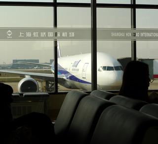 上海・浦東空港発成田行きの全日空ANANH922便