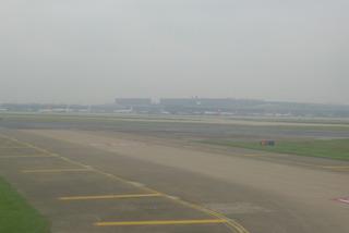東京羽田空港国際線発、上海・虹橋行きの日本航空「JL081」便